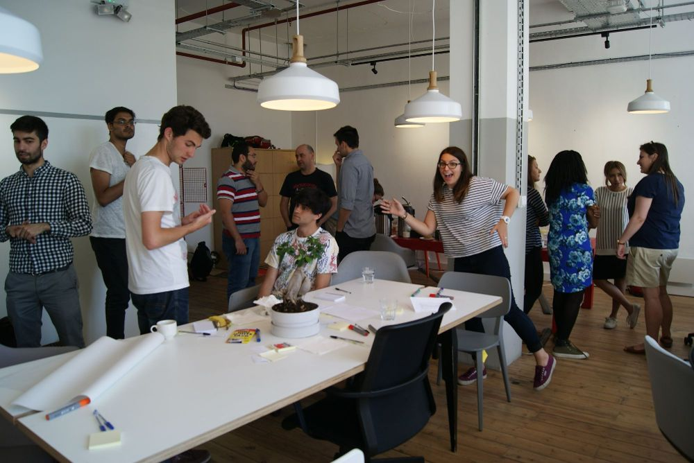 Jobs in startups. Here - Onfido office. Apply with Kandidate and get recommended!