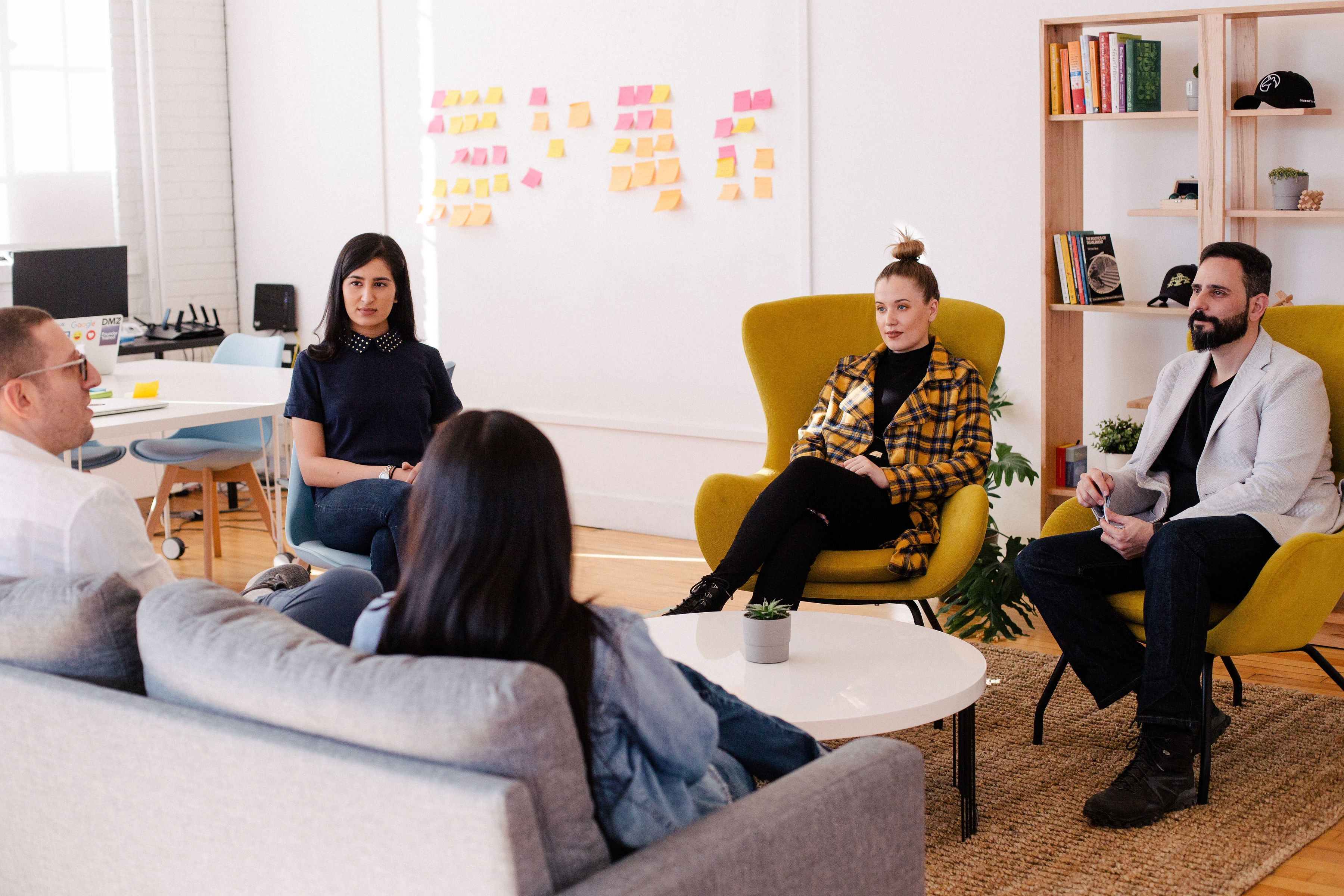 Team meeting at startup